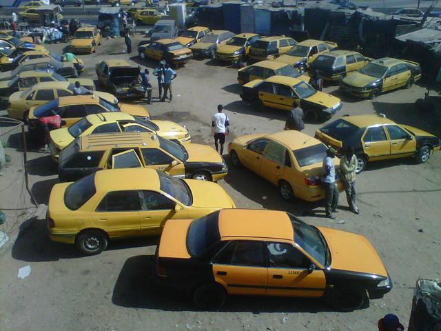 Taxis jaunes et noirs de Dakar, Sénégal